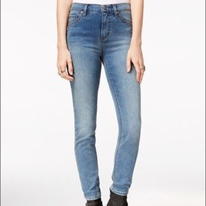 Free people NWOT Skinny Cropped Jeans